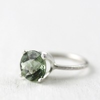 green quartz argentium silver cocktail ring by DreamsandJewelry