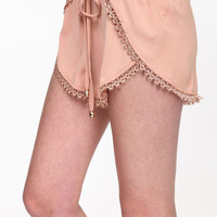 CROCHET TRIM WRAPPED SHORTS