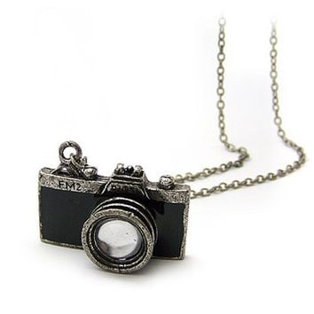 niceeshop(TM) Unique Vintage New Retro Camera Photographer Necklace-Black