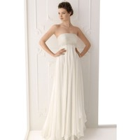 Compelling Strapless Floor Length Chiffon Closefitting Wedding Gown