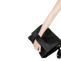 LEATHER CITY BAG WITH HAND SLIT DETAIL