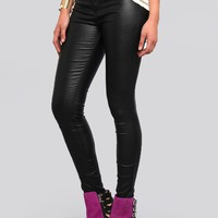 DOLL FACE COATED JEANS - BLACK