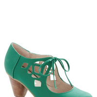 Strutting Your Stuff Heel in Emerald | Mod Retro Vintage Heels | ModCloth.com