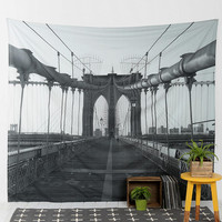 Brooklyn Bridge Tapestry - Urban Outfitters