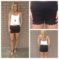Black Scallop Woven Shorts with Scallop Pockets