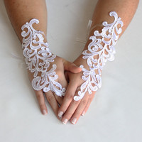 Gloves // White bridal Gloves, wedding, bridal gloves, victorian, FREE SHIPPING