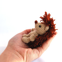 tiny hedgehog, miniature hedgehog, rust pined hedgehog, little amigurumi hedgehog, crocheted hedgehog, little stuffed animal, beige rust,