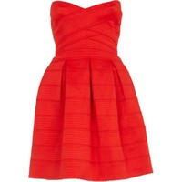 Red rib box pleat prom dress