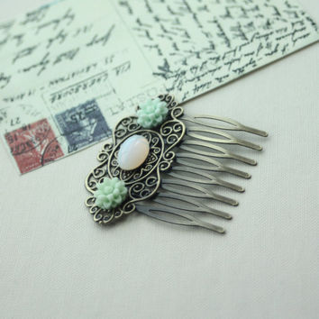 White Opal Oval Glass Cabochon, Mint Mum Flower Filigree Hair Comb. Bridesmaid Gift. Rustic Inspired, Mint Wedding. For Sister, Friend. Wife