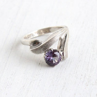 Vintage Sterling Silver Created Purple Sapphire Ring - Size 6 Retro Hallmarked Vargas Gemstone Jewelry