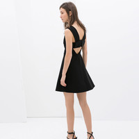 DRESS WITH CUT-OUT BACK