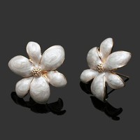 Daffodil Pearl Flower Statement Earrings