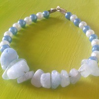 Blue aquamarine gemstone beaded bracelet