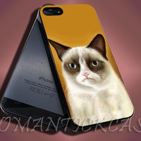 Grumpy Cat - iPhone 4/4s/5c/5s/5 Case - Samsung Galaxy S3/S4 Case - Black or White