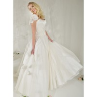 Elegant Sweep Ball Gown Sweetheart Mesh Applique Wedding Dress