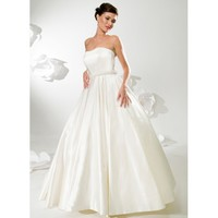 Taffeta Vintage Strapless Ball Gown Floor Length Wedding Dress