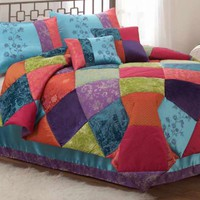 Comforters Sets, Bedding Collections, & Down Comforters at Linens N Things