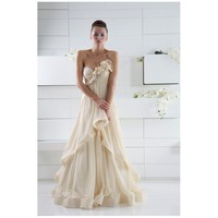 Alluring Chiffon Gown with One-shoulder Neckline and Beaded Style