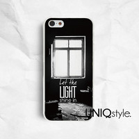 B&W Life quote iPhone Samsung phone case for iPhone 4/4s 5/5s 5c samsung galaxy s3 s4 note2 note3, black and white, window light shine, E86