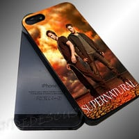 Supernatural Vintage - iPhone 4/4s/5c/5s/5 Case - Samsung Galaxy S3/S4 Case iPod 4/5 Case - Black or White