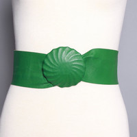 50s Kelly GREEN Leather BELT / Wide Natural Waist, Round Buckle, s
