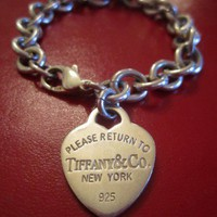 TIFFANY CO Vintage Retro Return to Tiffany153 Heart tag bracelet Love | GoldenDaysGoneBy - Jewelry on ArtFire