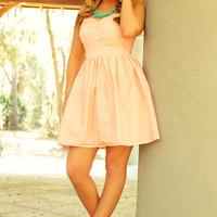 MINUET: Can't Say No Dress: Peach/White