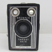 Vintage Brownie Target Six-16 Camera