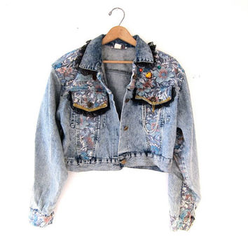 80s acid wash BEJEWELED jean jacket. cropped floral denim jacket. spring jacket.