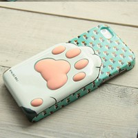 Cute Kitten's Soft Paw 3D Phone Case For iPhone