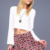 WHITE CRISS CROSS CHIFFON TOP
