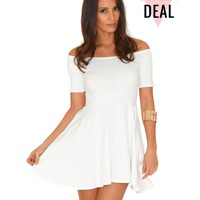 Missguided - Mirabela Value Bardot Skater Dress In White