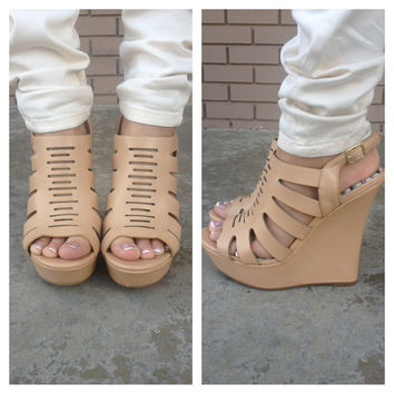 Sand Xylo Cut Out Wedges