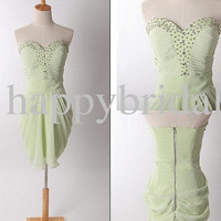 Short Apple Green Bridesmaid Dresses Beaded Prom Dresses Party Dresses Lovely Sweetheart Homecoming Dresses