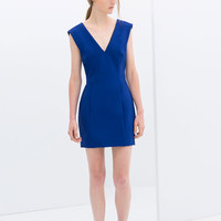 TIGHT FIT V-NECK DRESS