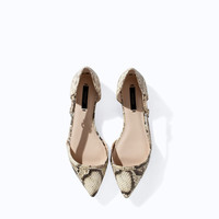 POINTED SNAKESKIN FLAT SHOES