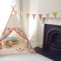 Hand Crafted Children's Teepee Playtent