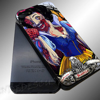 Snow White Zombie (Walt Disney Princess) - iPhone 4/4s/5c/5s/5 Case - Samsung Galaxy S3/S4 Case iPod 4/5 Case - Black or White