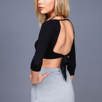 TIED BACK CROP TOP