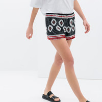 SHORTS WITH EMBELLISHED DESIGN