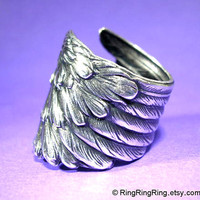 Wing ring detailed angel feather ring adjustable by RingRingRing