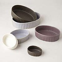 Hand-Thrown Bake Set
