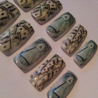 Money Nails