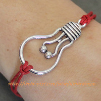 Silver Bulb Bracelet by handworld