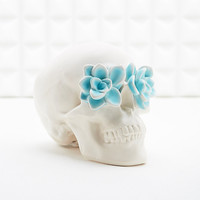 Skull and Roses Money Bank in White - Urban Outfitters