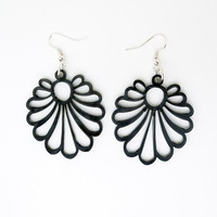 Filigree Fan Dangle Earrings Free Shipping Gray Fashion Earrings Modern Design Large Lightweight Laser Cut Earrings