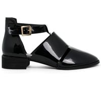 New Rome Glossy Black Ankle Strap Shoes