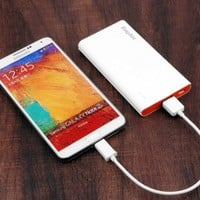 EasyAcc® 5000mAh Brilliant Ultra Slim Power Bank USB Portable External Battery Charger For iPhone Samsung Galaxy HTC Motorola Moto Android Smartphone Phone iPad Tablets Pc - White and Orange
