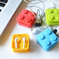 Block Earphone Holder