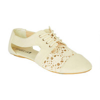 Cece Cutout Ox Shoe